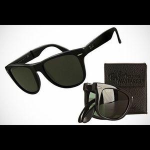 RAY-BAN wayfarer folding sunglasses BNWT & case